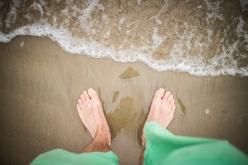 Walking on Seven Mile Beach