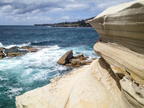 Cool cliffs near Gordon's Bay, Sydney